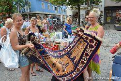 Mehrere Tausend Besucher beim Altstadtflohmarkt Neumarkt
