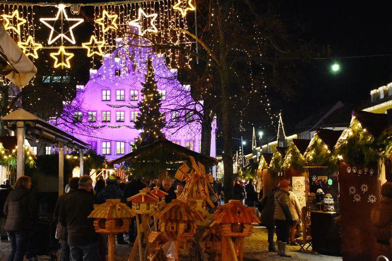 Weihnachtsmarkt Wie Lange Offen.Weihnachtsmarkt Einkaufsstadt Neumarkt