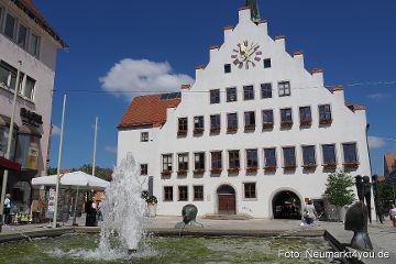 Neumarkt punktet mit attraktiver Innenstadt