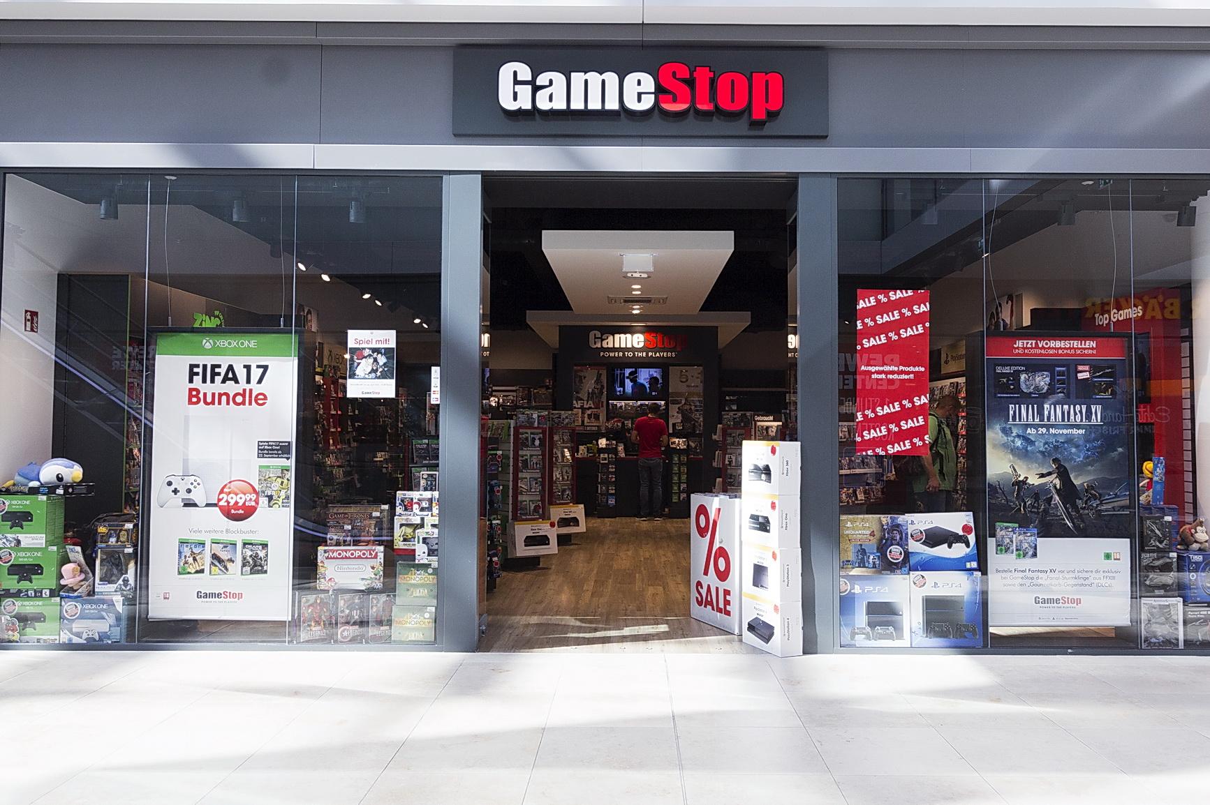 GameStop | Einkaufsstadt Neumarkt  GameStop | Eink...